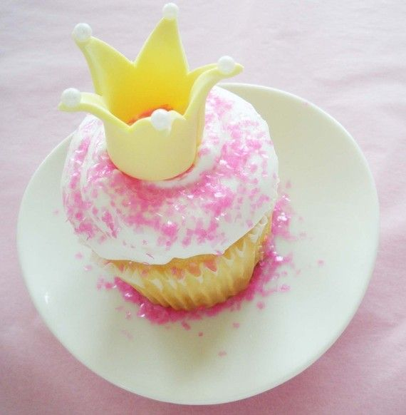 how to make fondant crown cupcake toppers