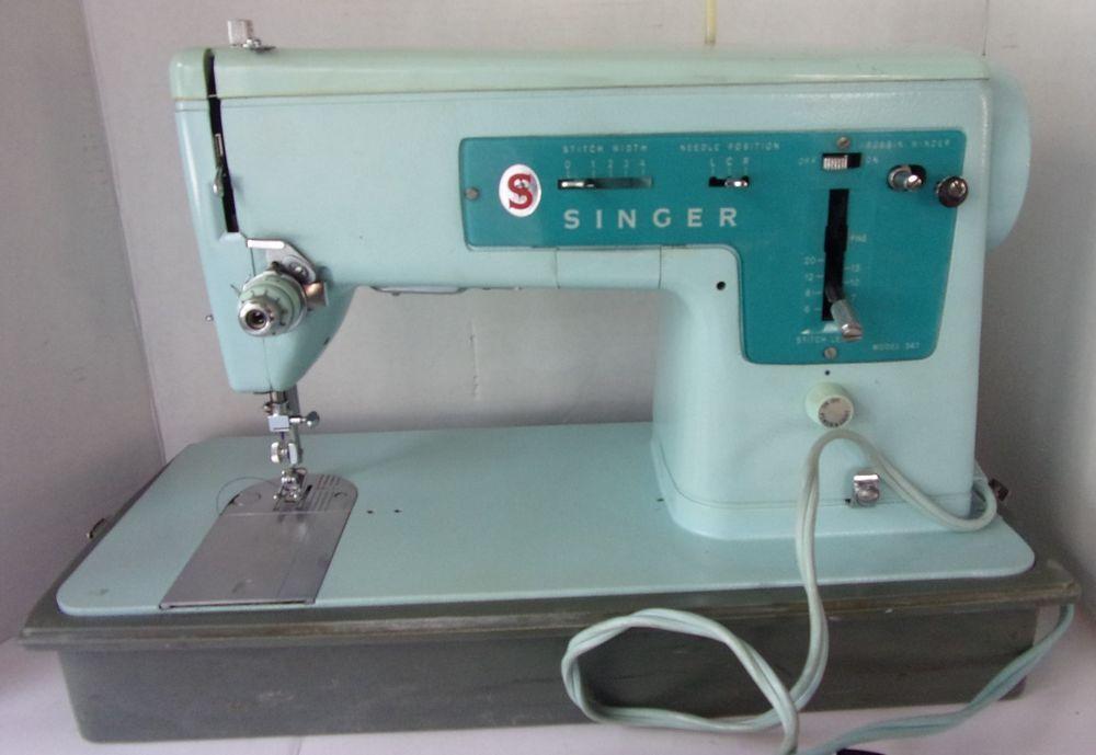 Vintage SINGER Sewing Machine Model 40 WCase WORKS Great Britain Mesmerizing 1930 Singer Sewing Machine Value