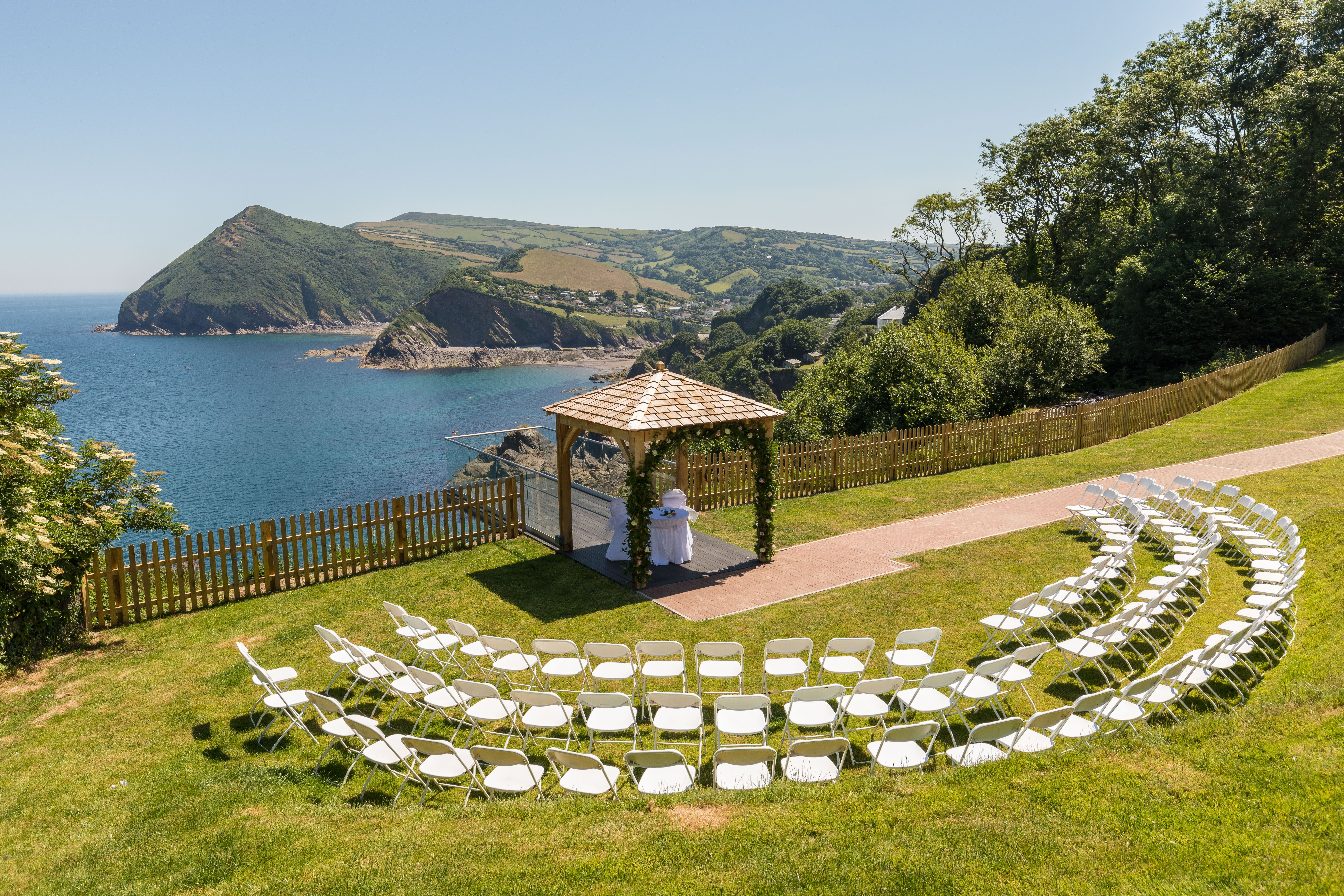 Everything you need to know about getting married outdoors ...