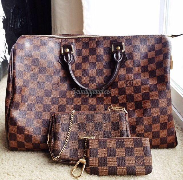 03084050c9c7 My little DE family  ) just masking miss Neverfull GM. Louis Vuitton Speedy  35