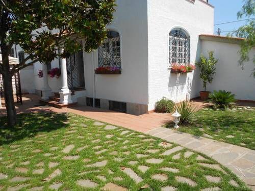 Villa Claudiaanzio B B Anzio Situated In Anzio 2 Km From The