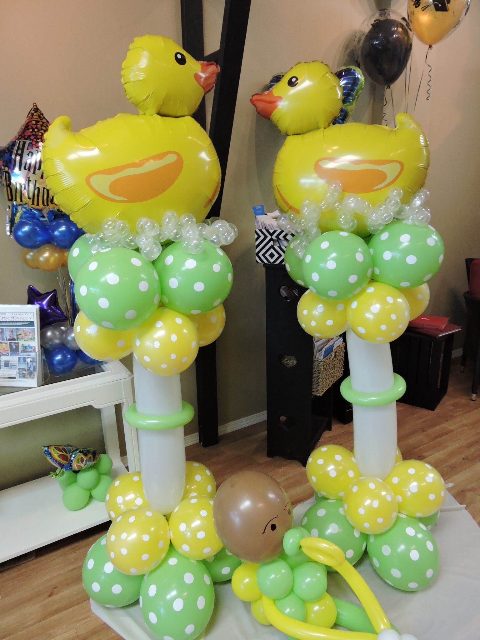 Baby shower balloon ideas time for the holidays baby for Balloon decoration ideas for baby shower