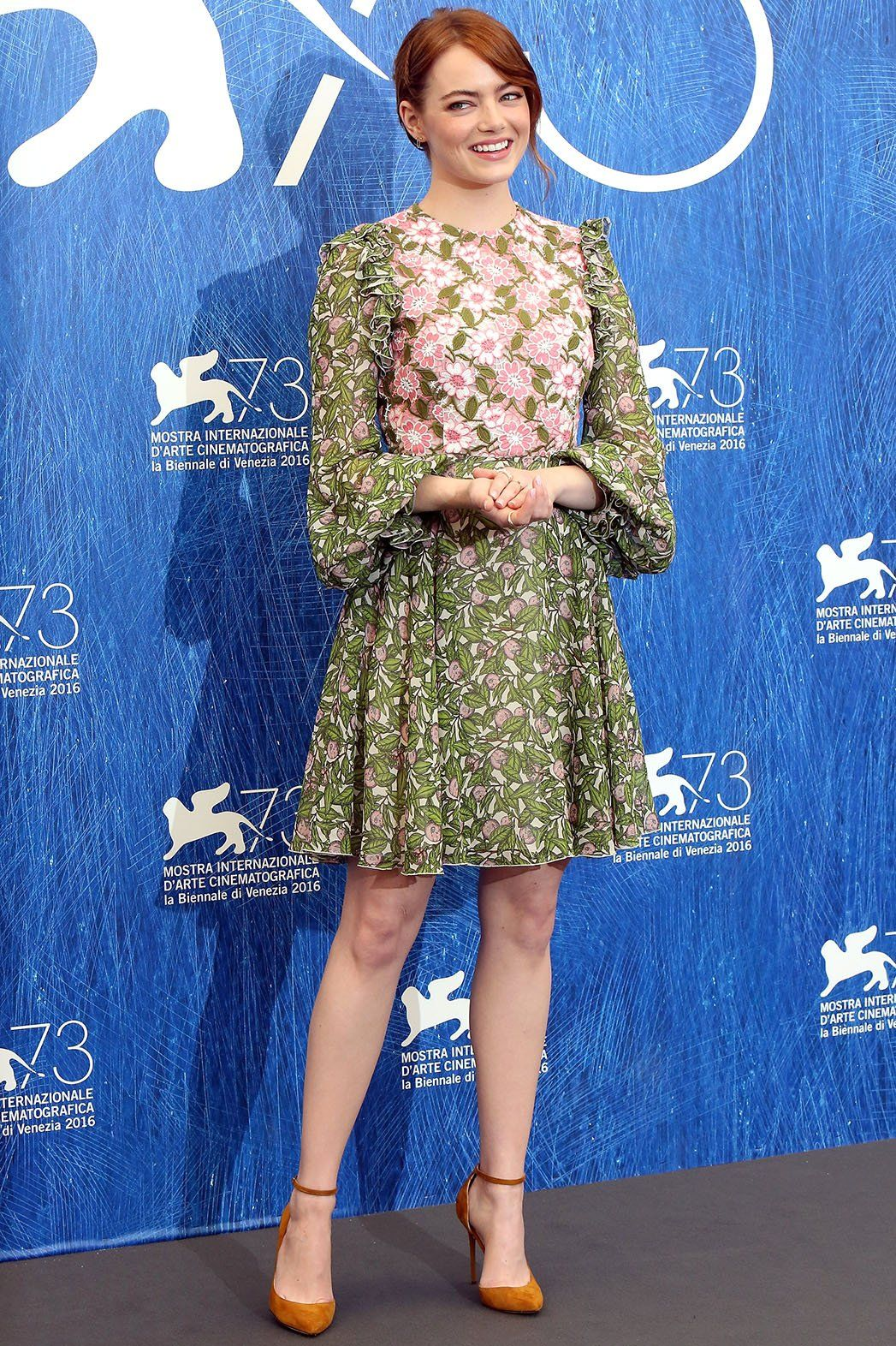 Emma Stone in Giambattista Valli at the La La Land premiere @Venice Film Festival