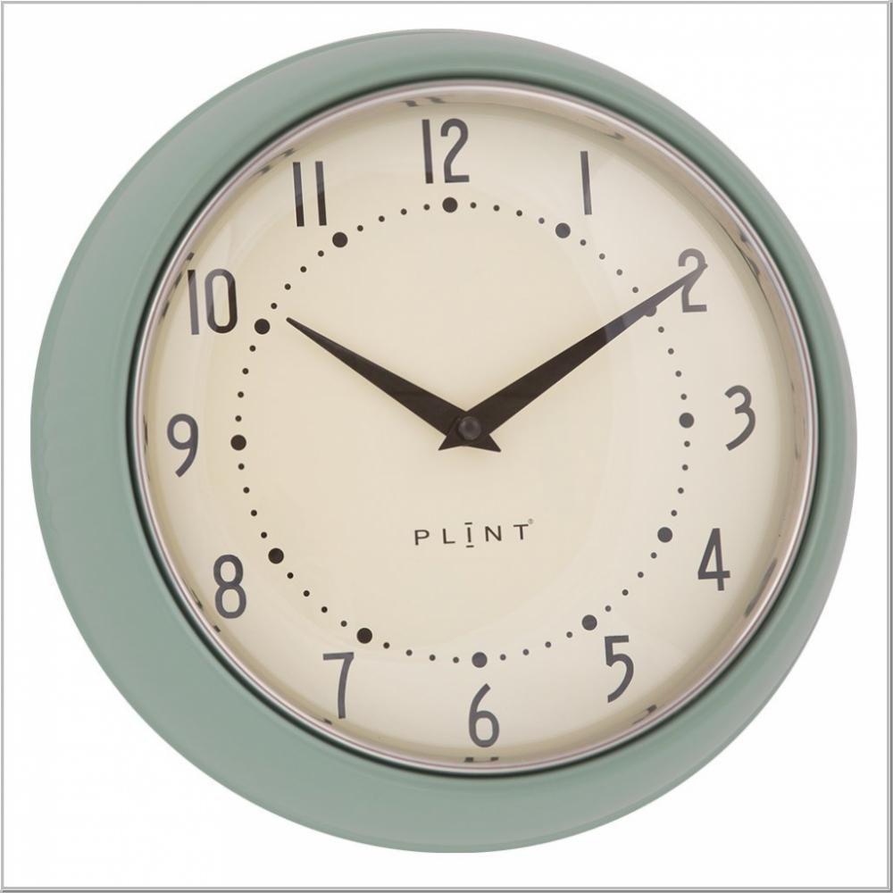 Traumhaft Schöne Wanduhr Im Retro Design Erhältlich In Verschiedenen Farben Mit Der Plint Retro Wall Clock Erhalten Sie Eine Besonde Retro Wanduhr Wanduhr Uhr