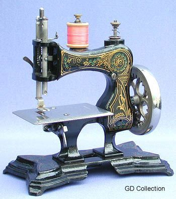 Casige toy sewing machine vintage sewing machines for Machine a coudre king jouet