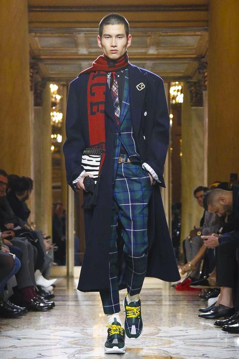 b7c43ec0df6ef versace-menswear-fall-winter-2018-milan   Patterns   Pinterest