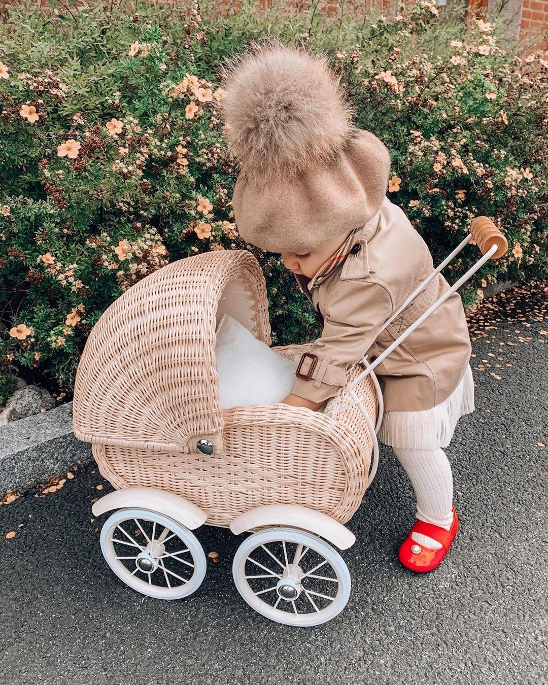 BABYSITTING TODDLERS | Emma Pretend Play Babysitti