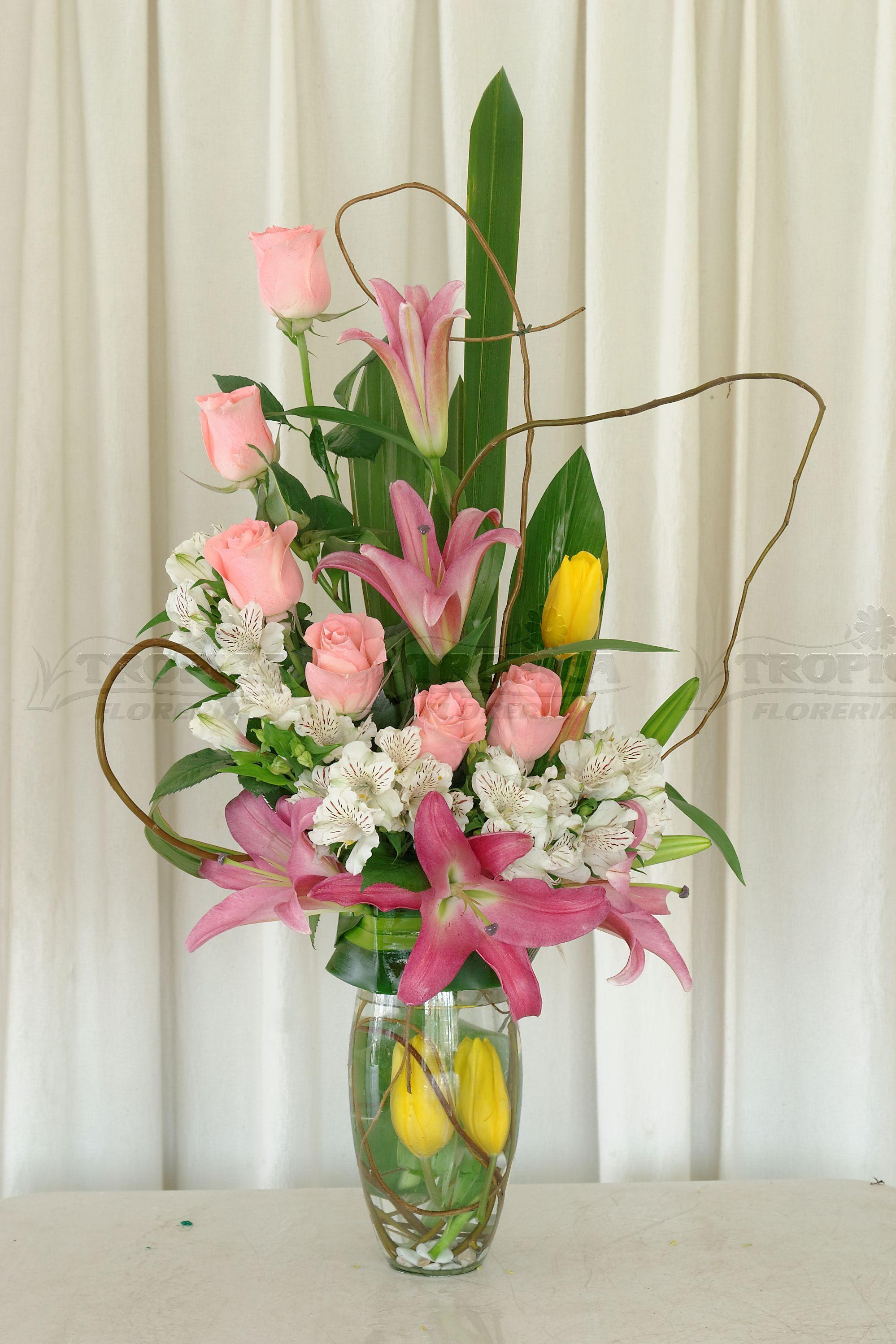 Arreglo Mixto Floreria Tropica Flower Arrangements Pinterest