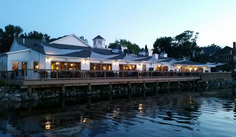 Lola S Makes List Of Minnesota Best Lakeside Restaurants