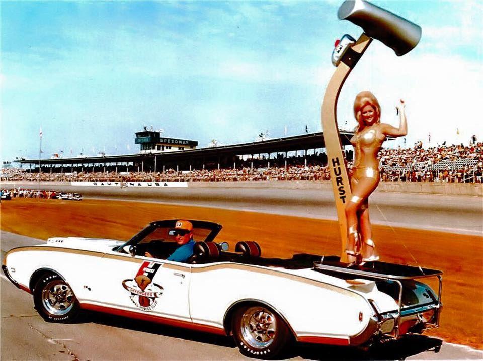 Nationals - Indianapolis. Miss Hurst Golden Shifter Linda