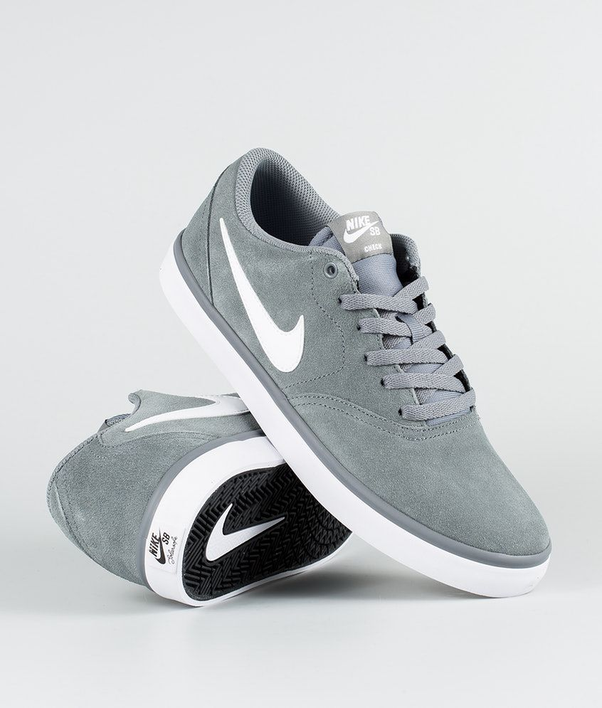 Nike Check Solar Chaussures Cool Grey White En 2020 Chaussures