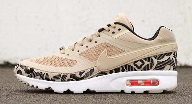 check out 55a29 64484 Nike Air Max BW Ultra LONDON. I can dig it.