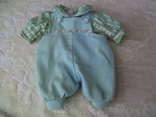 Alte-Puppenkleidung-Blue-Green-Jumper-Outfit-vintage-Doll-clothes-35-cm-Boy-Girl