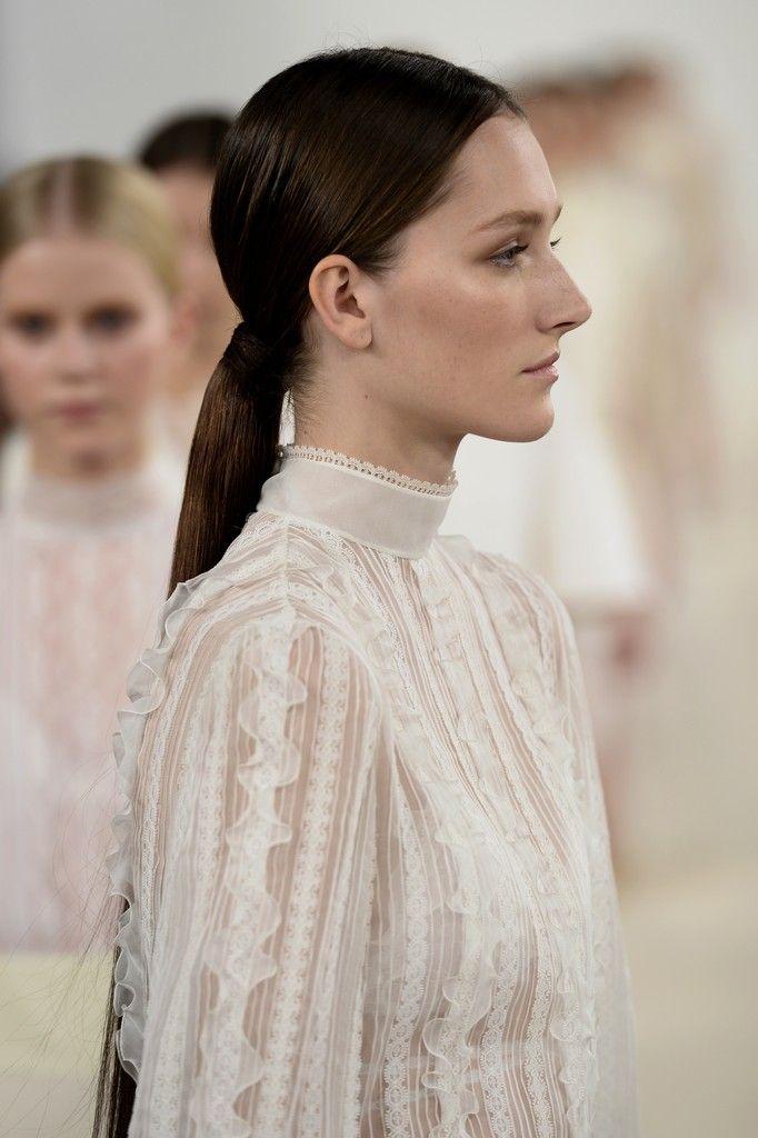 Valentino Sala Bianca 945 Couture