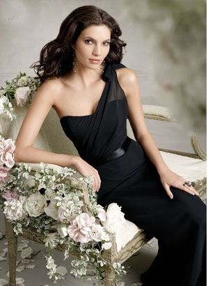 one shoulder black bridesmaid dress | Gommap Blog