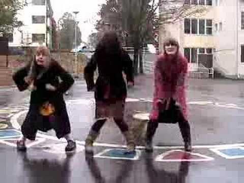 Hertta Lussu Ässä: Norsun Sydän (Video)