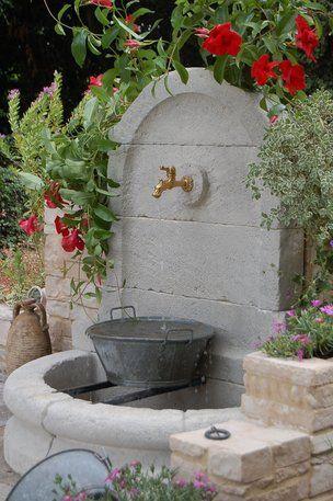 je veux une fontaine dans mon jardin mon jardin je veux et vouloir. Black Bedroom Furniture Sets. Home Design Ideas
