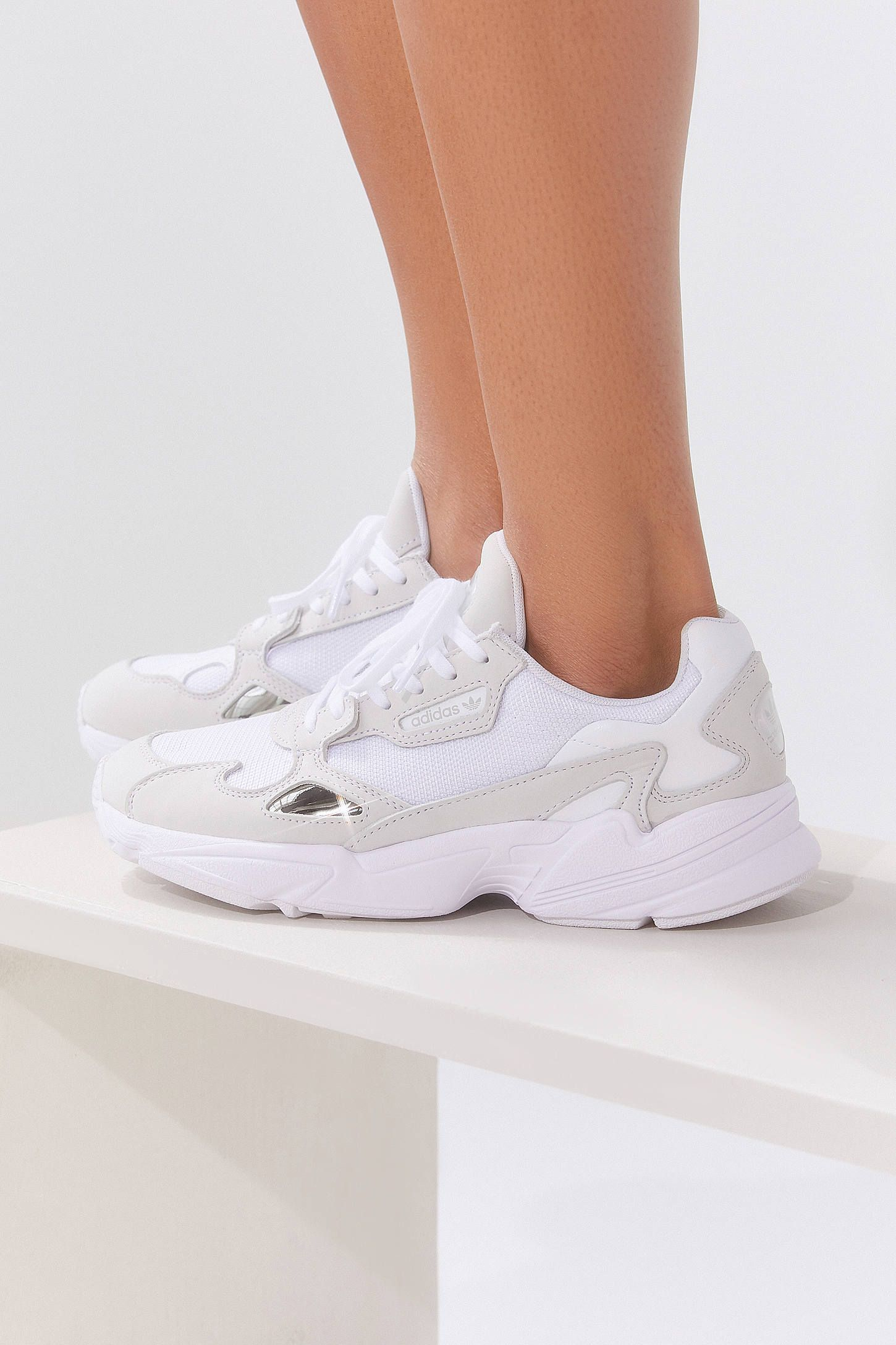 Adidas Falcon, Dad Sneakers, The Ivory Diary   Mode, Mode