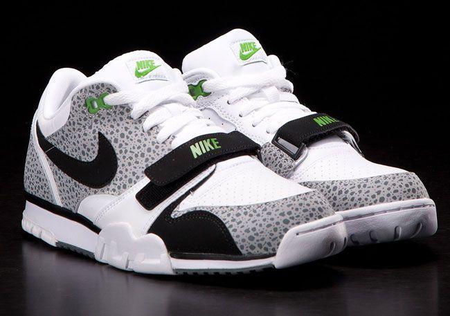 sale retailer 3547f 69691 Nike Air Trainer 1 Low St Safari