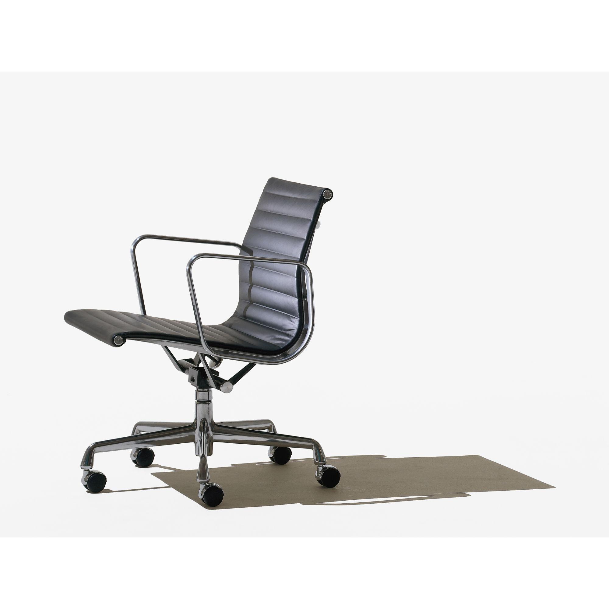 File 5742 Jpg Jpeg Image 2000x2000 Pixels Eames Management Chair Modern Office Chair Ergonomic Office Chair