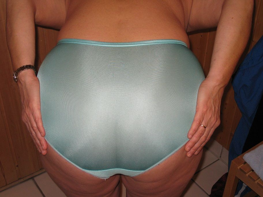 Pics Of Wife In Panties