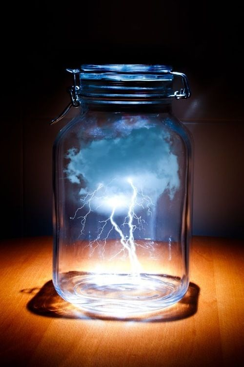 lighting in a jar. how to make a cloud in jar as well thunder storm lighting