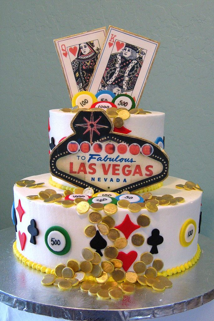 Vegas Cake With Cards Coins And The Famous Welcome To Fabulous Las Nevada