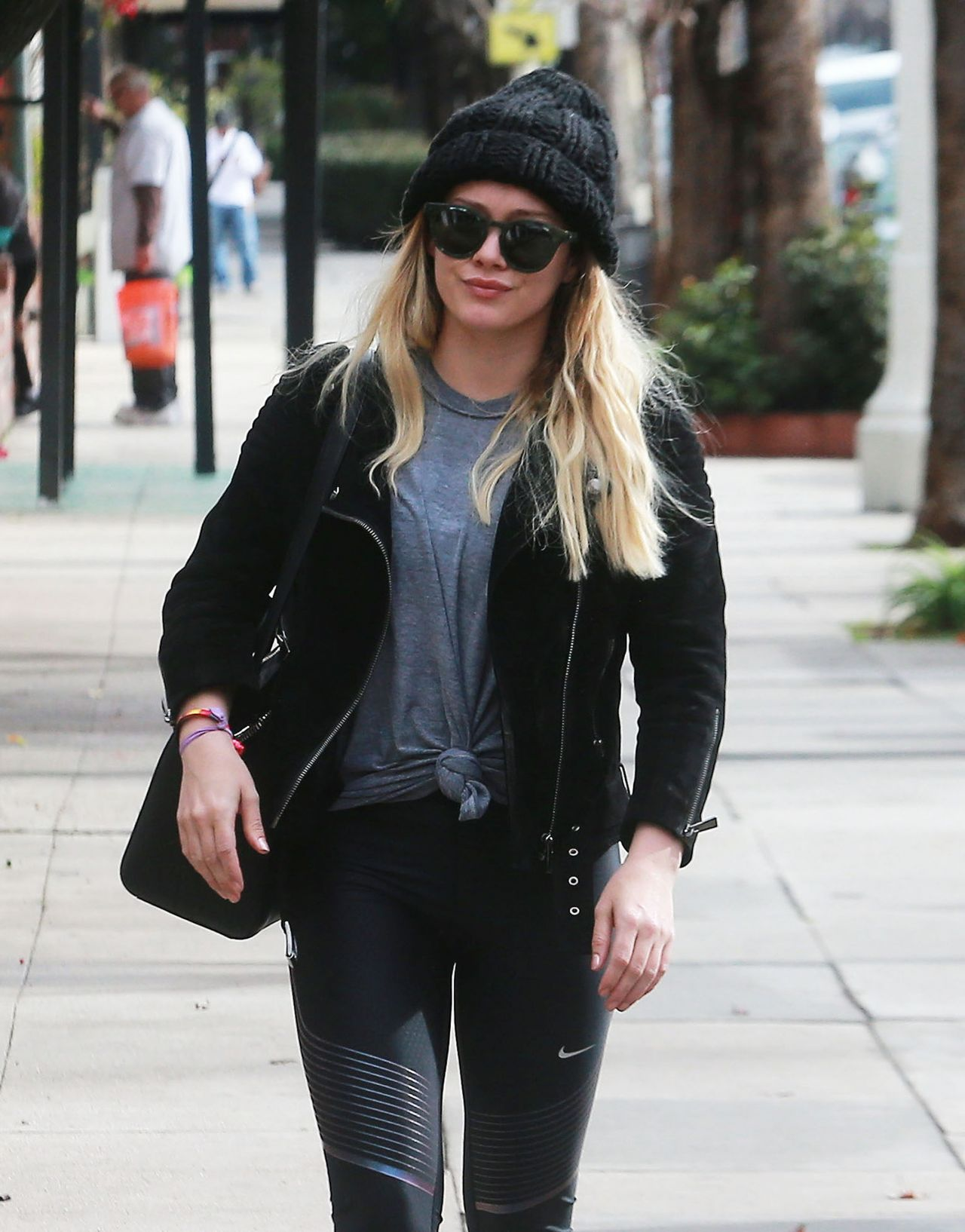 Hilary duff hilaryduff at the gym in studio city