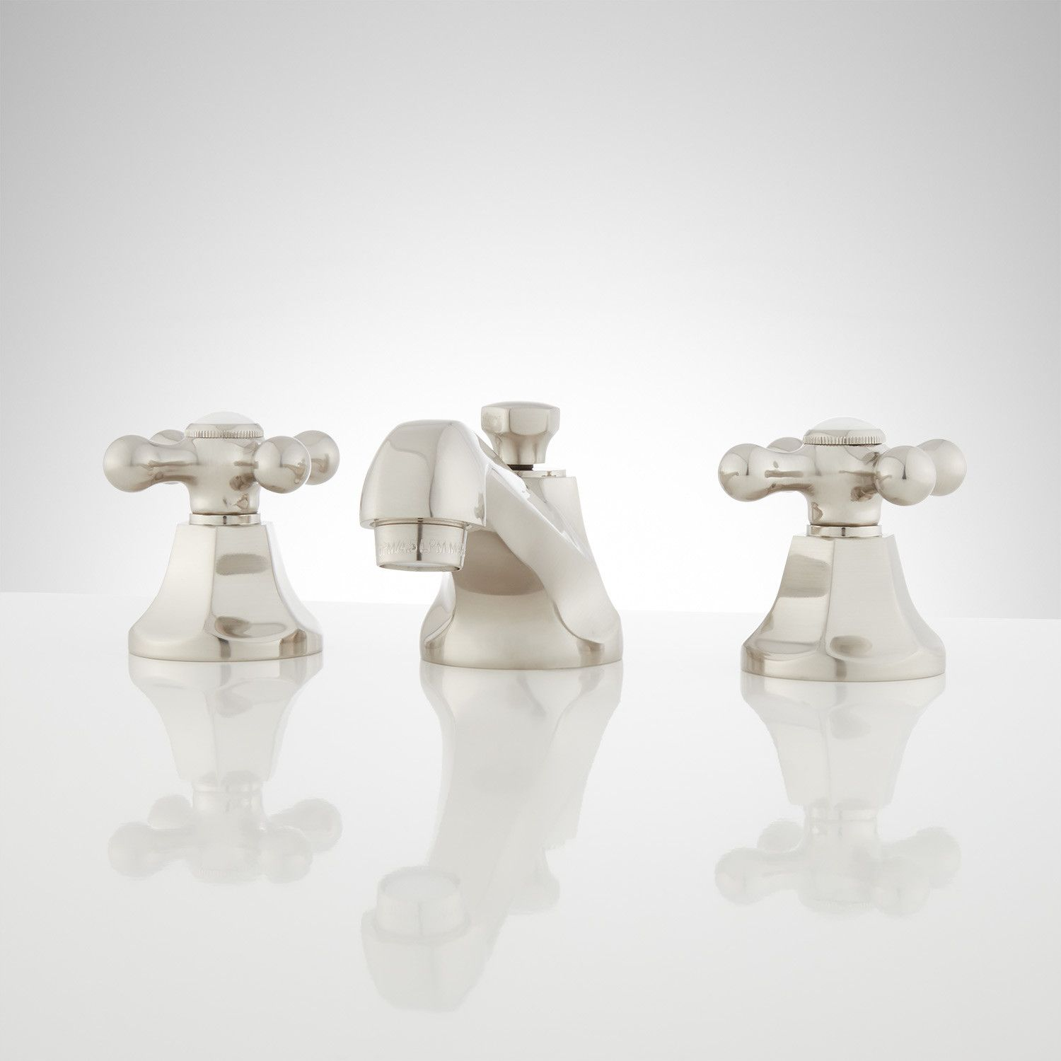 New York Widespread Bathroom Faucet In Cross Handles In Polished