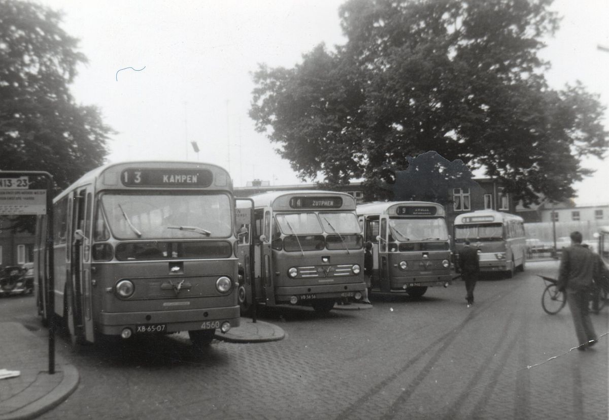 VAD, Ermelo / Apeldoorn, busstation Sophiaplein in Apeldoorn