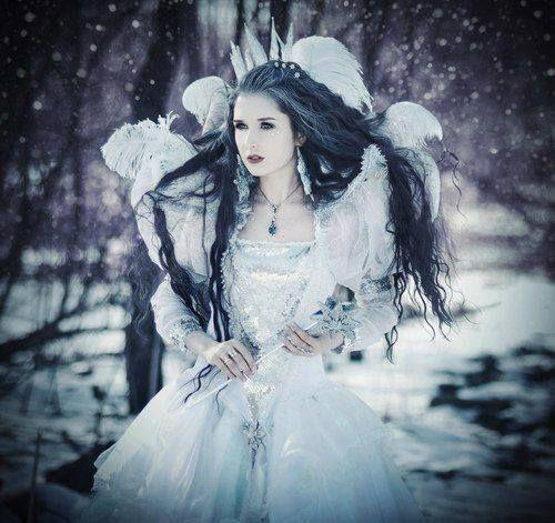 Winter Wonderland Wedding Gowns: Winter Wedding Wonderland Dress