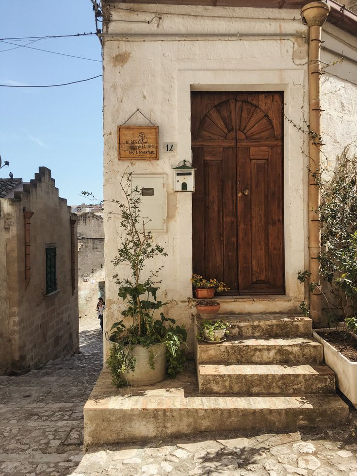Photo of A Quick Guide to Matera, Italy – Petite Suitcase