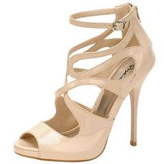 I totally LOVE the sophisticated, yet modern look of these shoes!