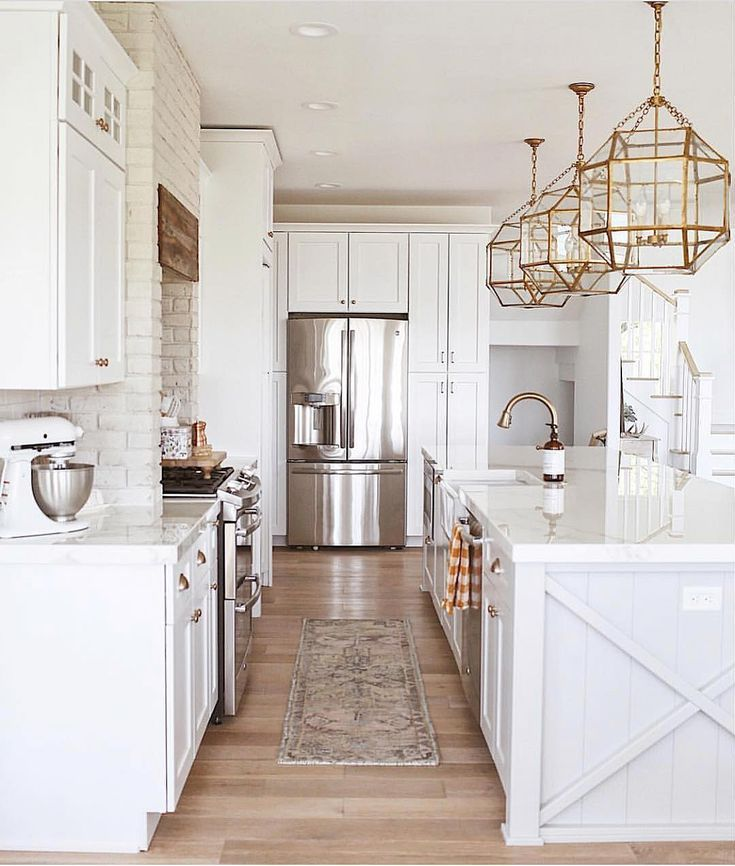 White Kitchen With Wood And Gold Accents Kitchen Inspirations