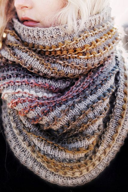 Photo of The Rosewood Cowl pattern by Darling Jadore