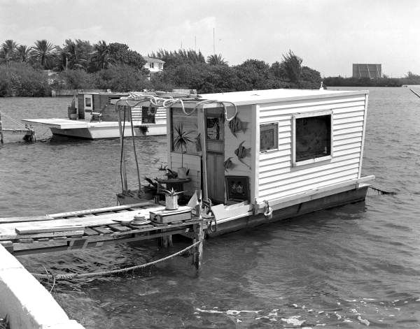 Florida Memory Private Houseboat On Row Section Of S Roosevelt Blvd Key West Fl