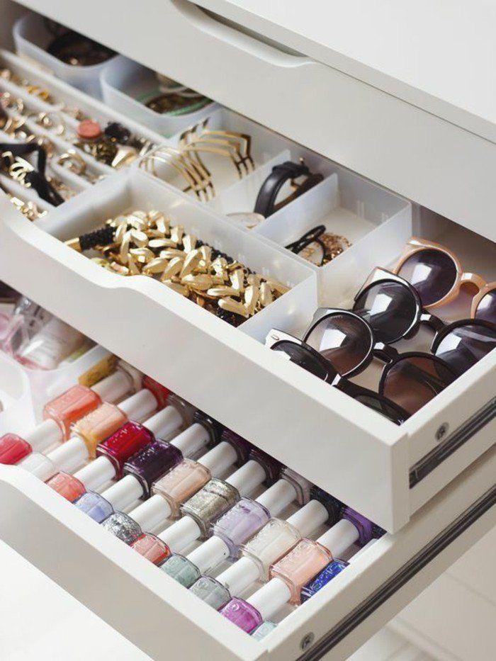 52 id es de rangement make up en photos et vid os dressing rangements accessoires et bijoux. Black Bedroom Furniture Sets. Home Design Ideas