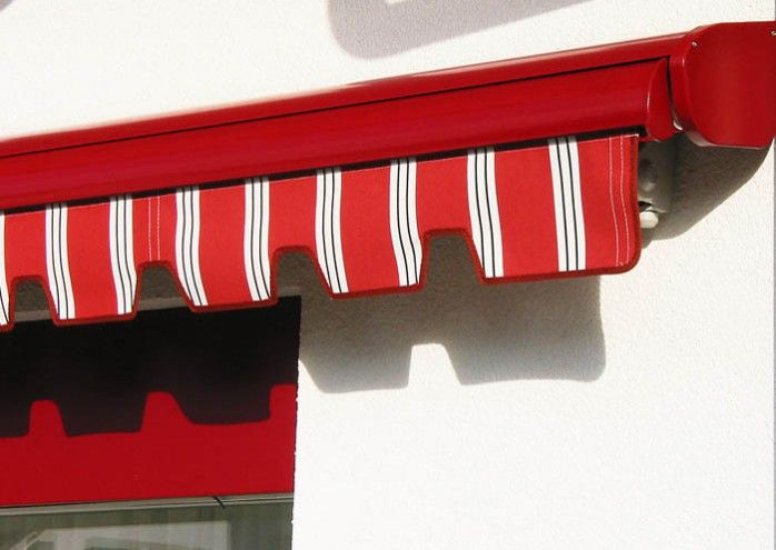 The Reed Awning Co Retractable Awnings Stobag Brustor Products Toldo