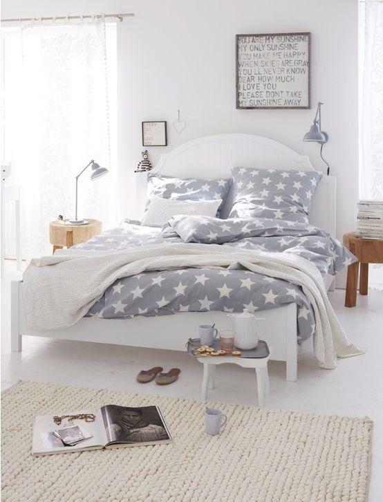 ideas para lograr una casa relax   duvet sets, wood furniture and