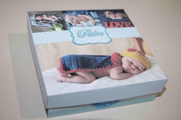 Caixa Convite Padrinhos Batizado! Caixa chocolate com convite para padrinhos de batizado. Convite para batizado! Caixa com fotos do bebê. Caixa Personalizada!
