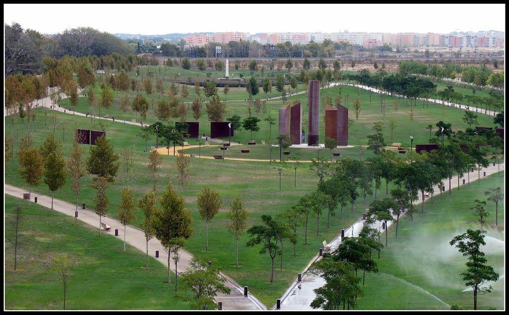Parque Lineal Plaza De Las Cinco Culturas Desde La Atalaya Zaragoza 139 Zaragoza Parques Parques Lineales