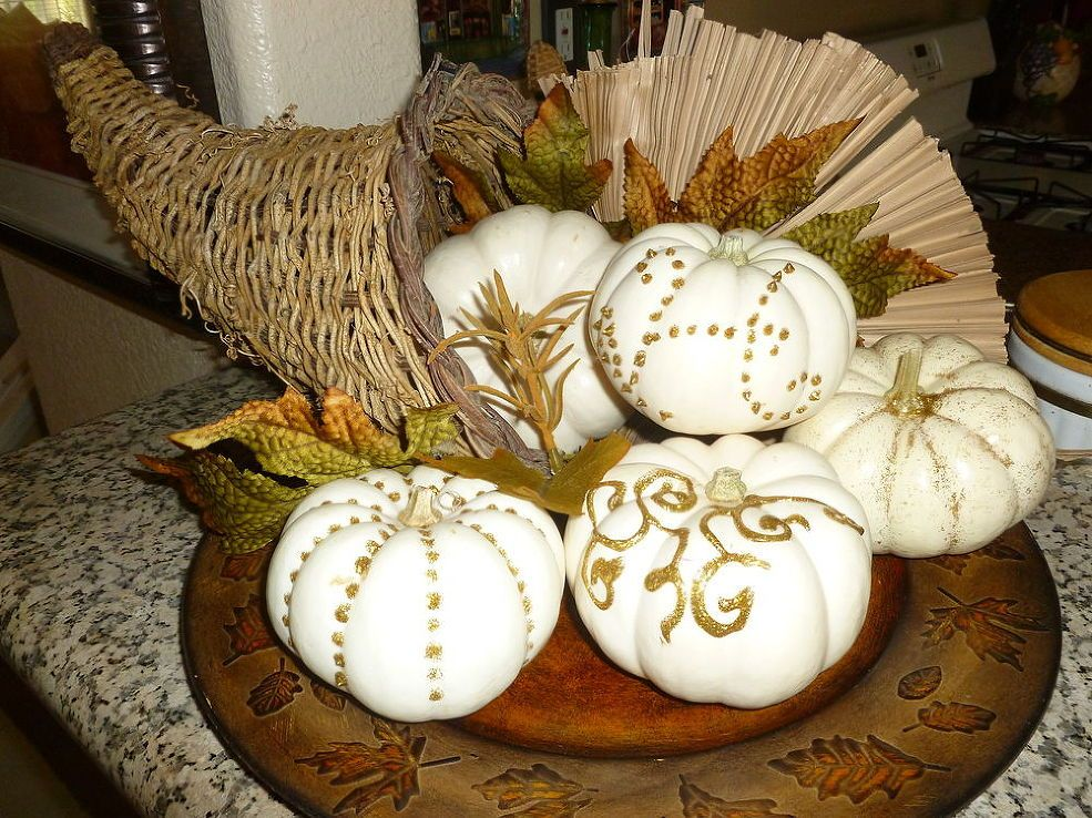 Painting Pumpkins - Even though I do like the pumpkins white I wanted to do somthing with them so instead of decorating them with some silks, I decided to use s…