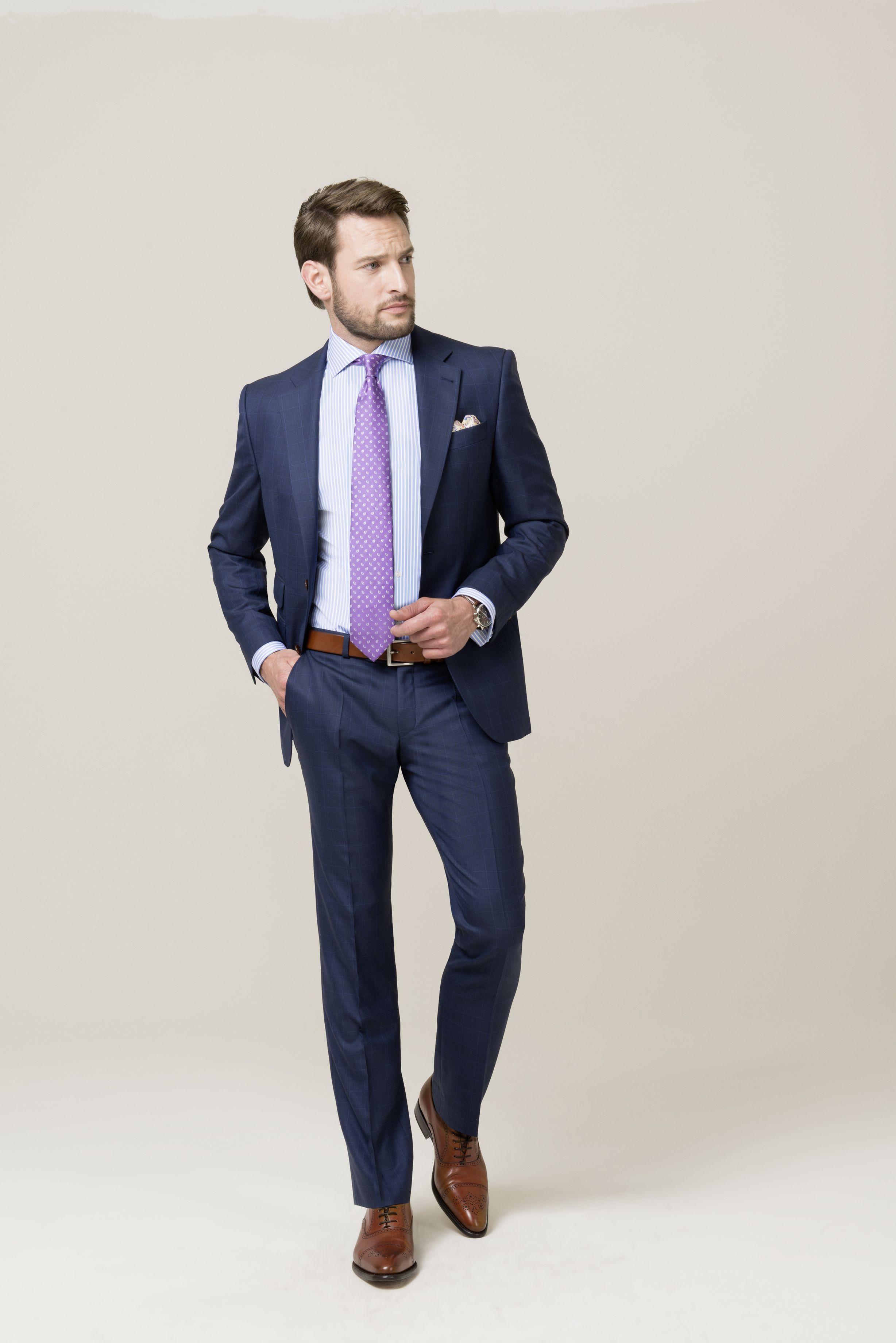 Mit Feinem Glencheck Und Einem Dezenten Blauen Uberkaro Sorgt Dieser Anzug Detailverliebt Fur Abwechslung In Ihrer Bus Anzug Und Krawatte Manner Kleidung Anzug