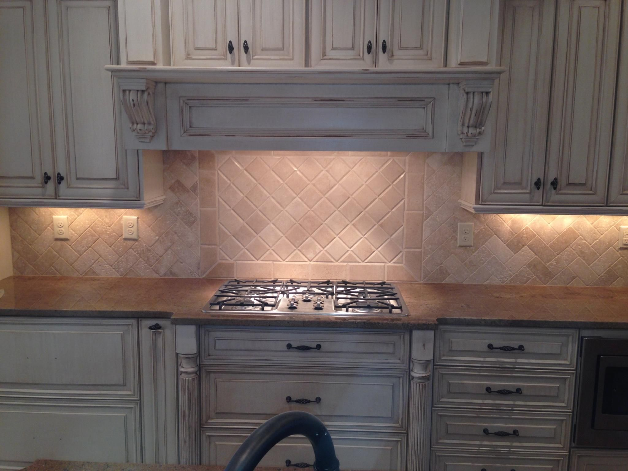 backsplash, tumbled marble, travertine, herringbone | Tile Projects ...