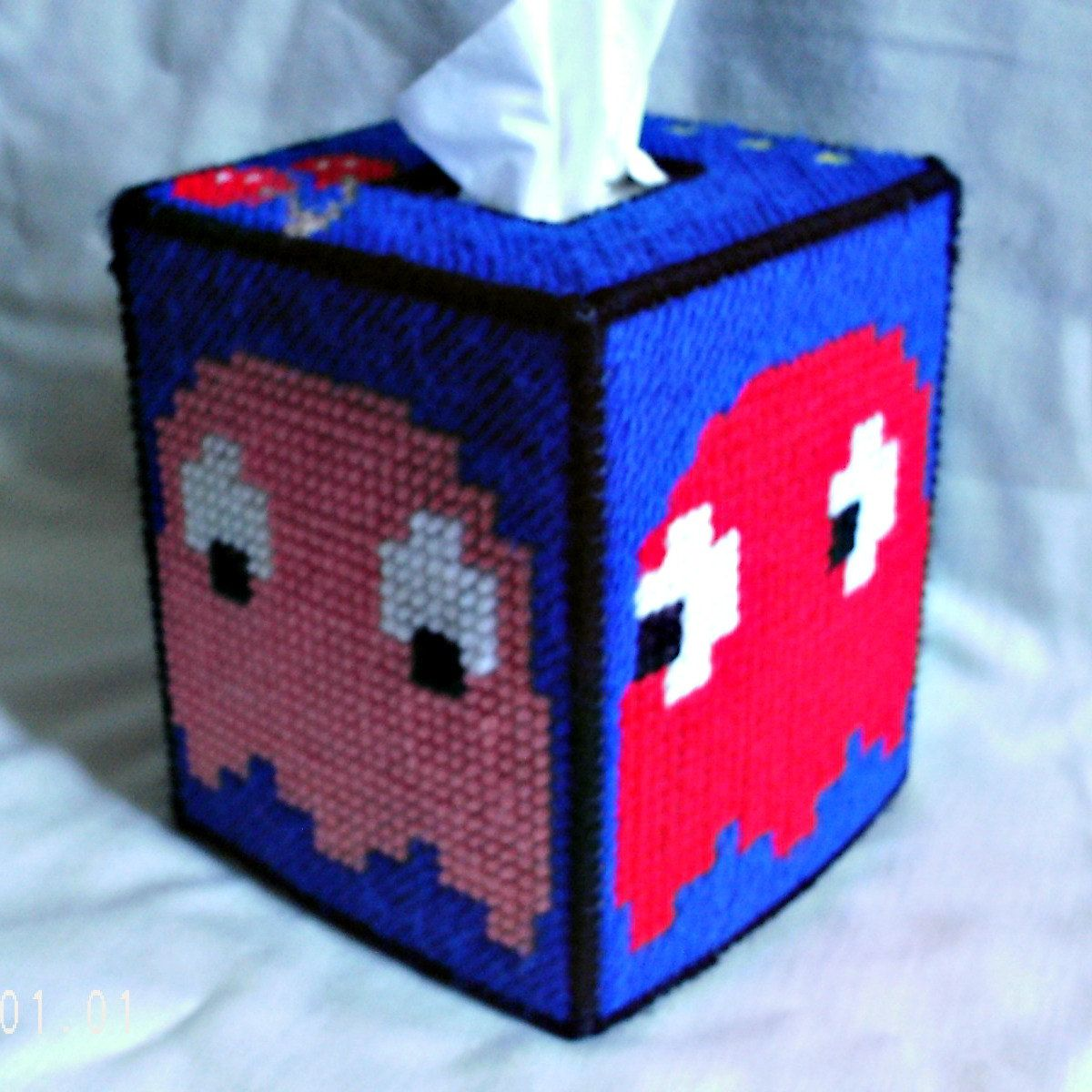 Plastic canvas for sale ghosts tissue box cover for Tissue box cover craft