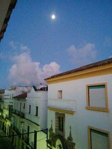La Luna Del Puerto De Santa Maria Enamora Enamorada Santa Maria