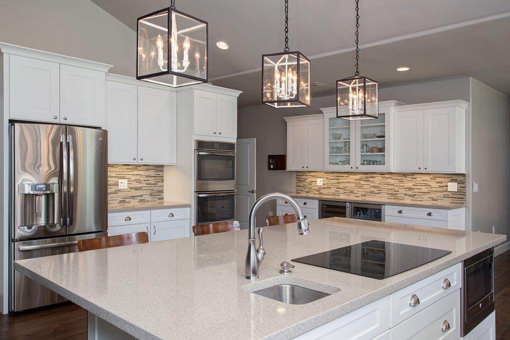 30+ Modern White Kitchen Design Ideas and Inspiration | Shaker ...
