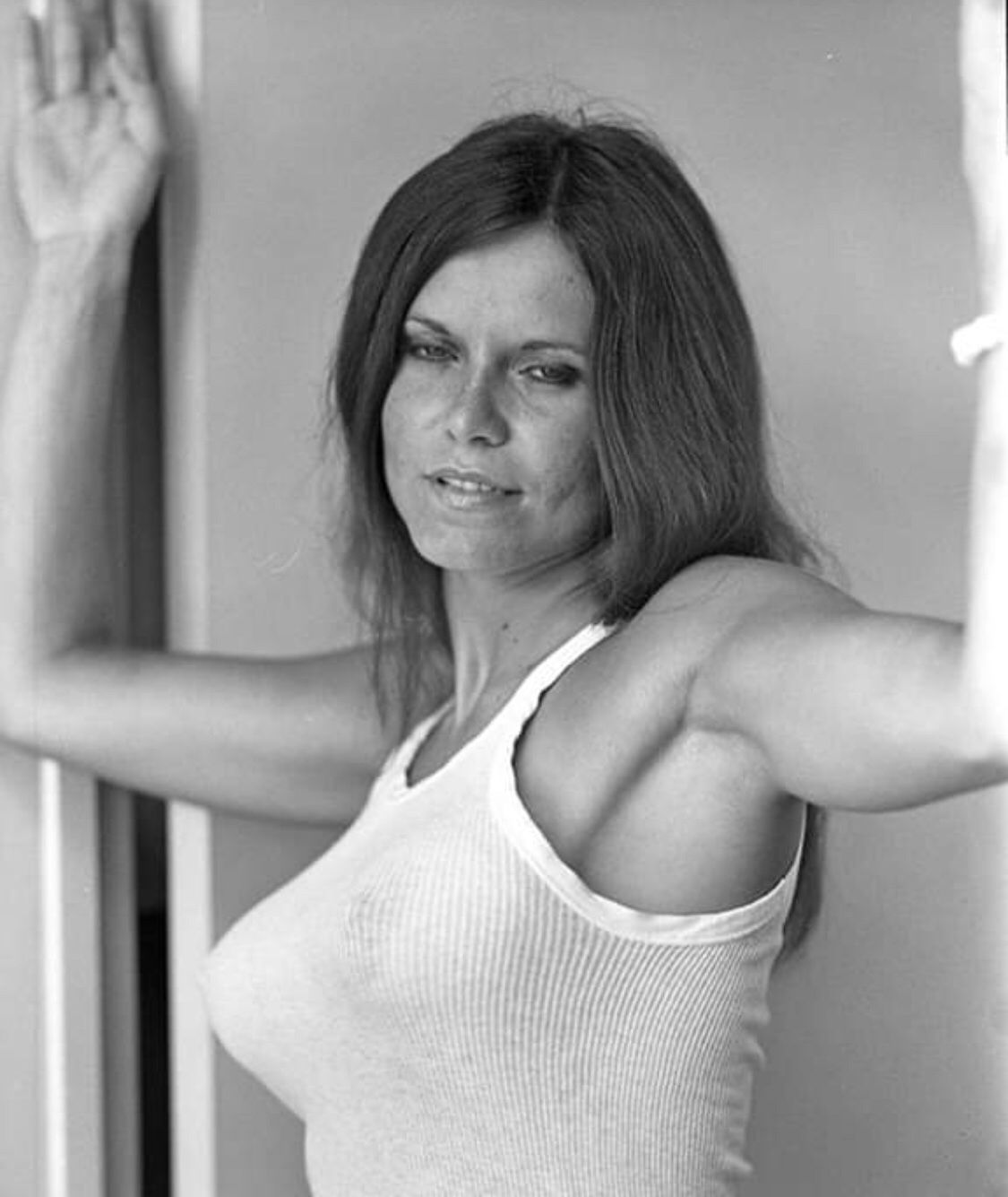 Linda Vaughn Nude Photo Gallery