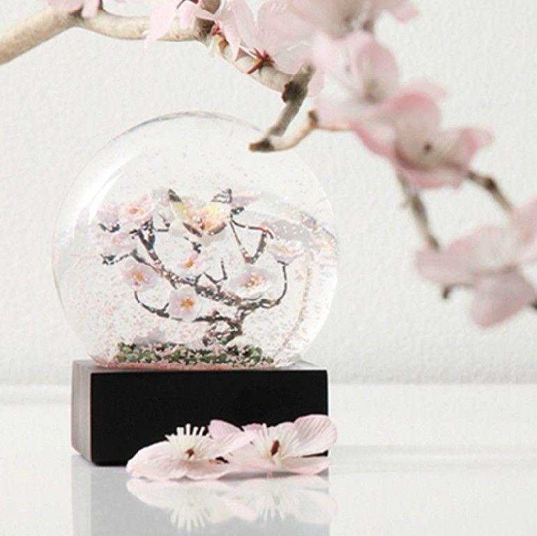 Hongkong Nine Pig Tree Crystal Ball Snow Globe Infigurines