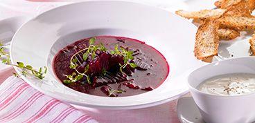 Rezept: BIO Rote Bete Suppe mit Meerrettich-Sahne und Brotchips